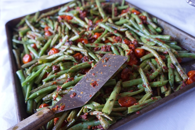 green beans with sundried pesto2